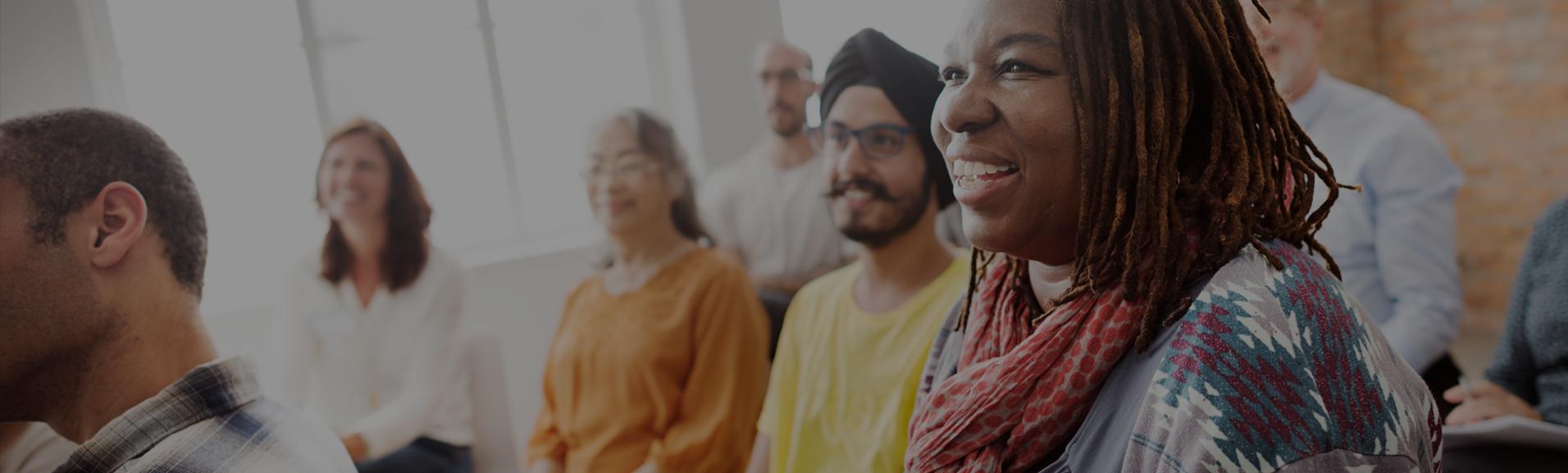 Práticas de diversidade e inclusão reduzem o risco de ações trabalhistas